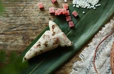 丽江香菌火腿粽子